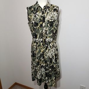 Simply Vera  Vera Wang  sleeveless dress size M